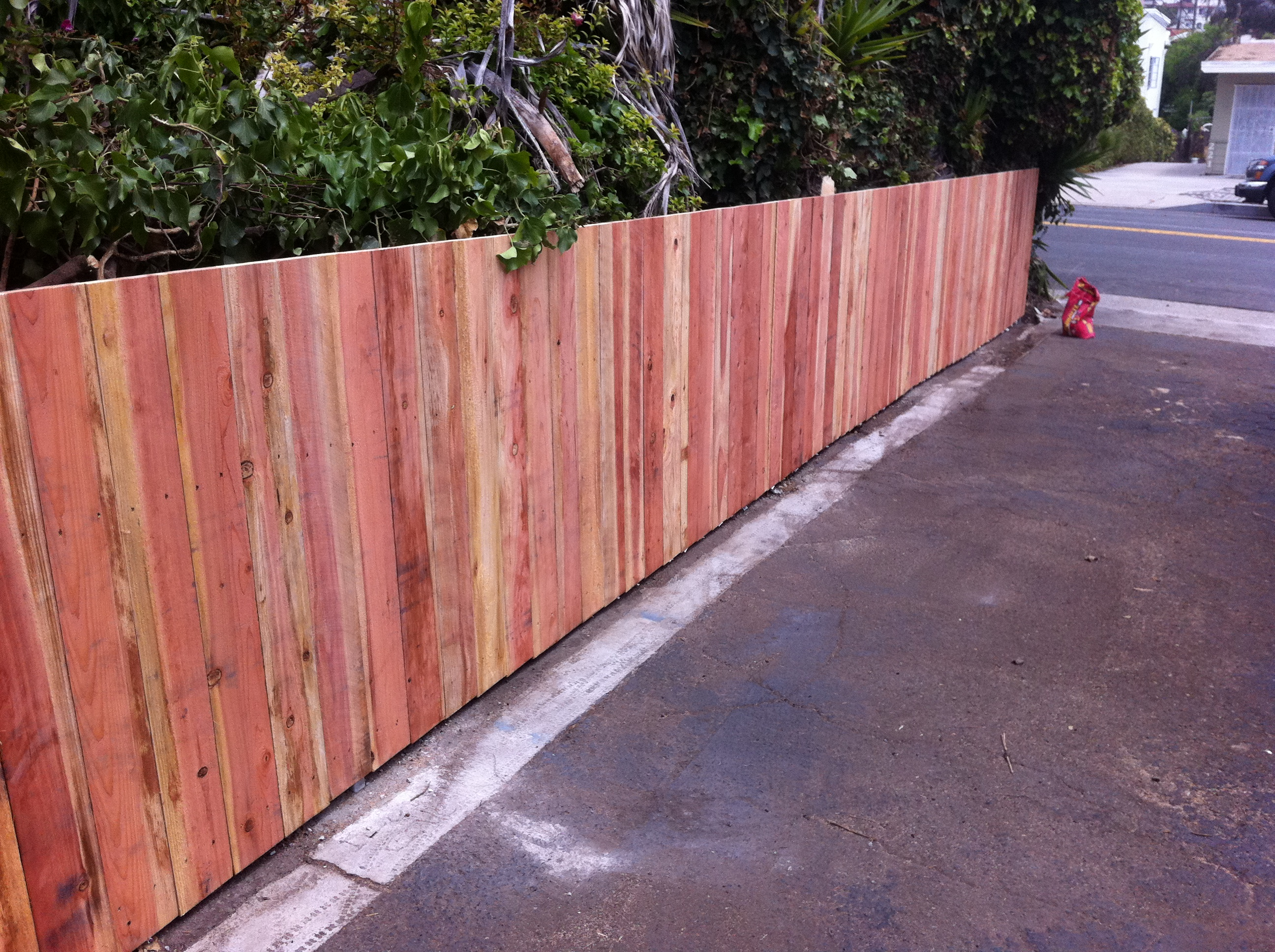Redwood straight cut style fence