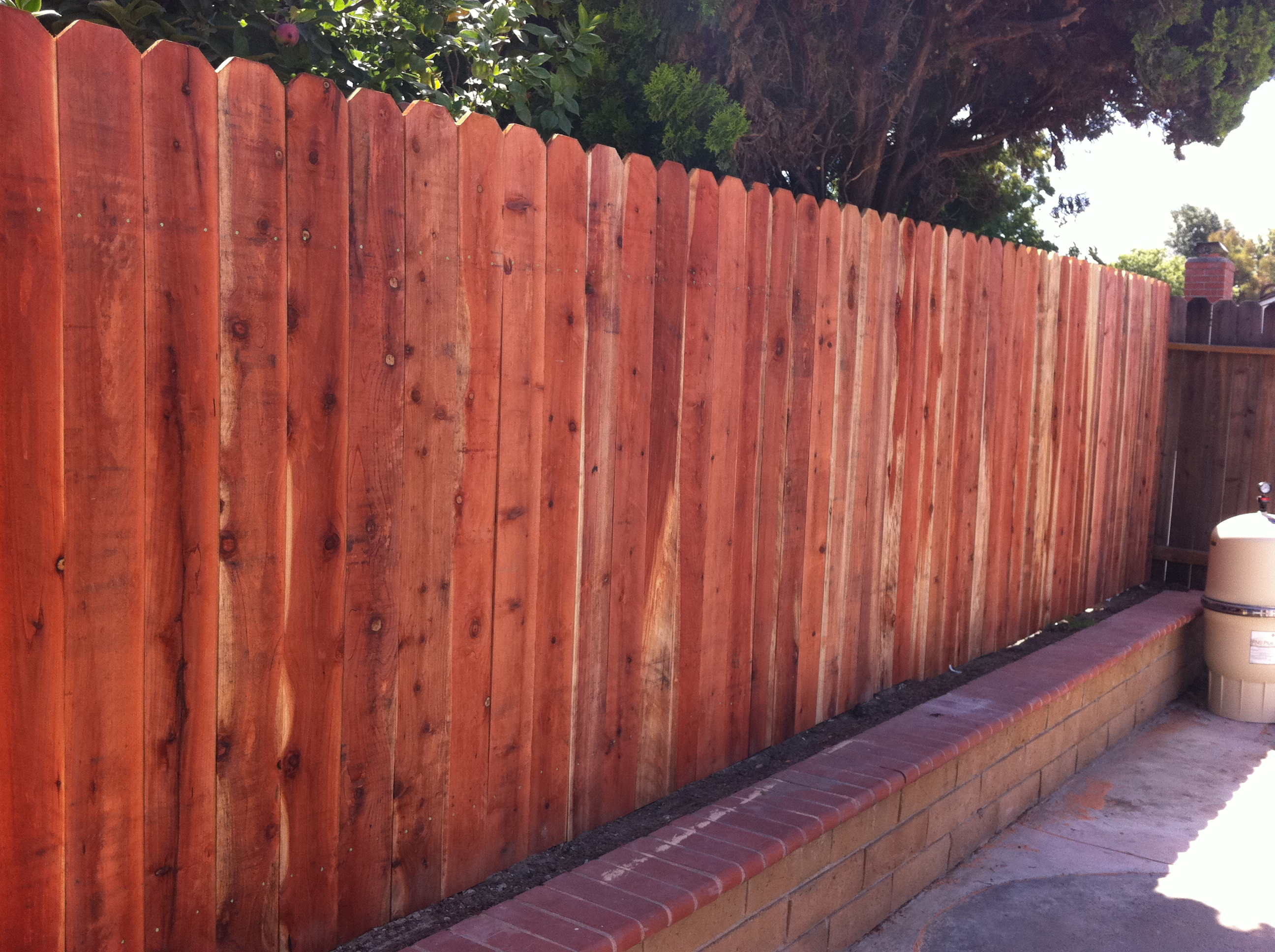 redwood dog ear style fence